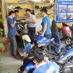 có nên học nghề sửa chữa xe máy